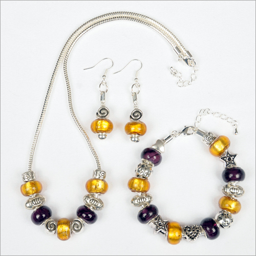 Lsu Football 3 Piece Set With Gold Beaded Earrings Louisiana State University
